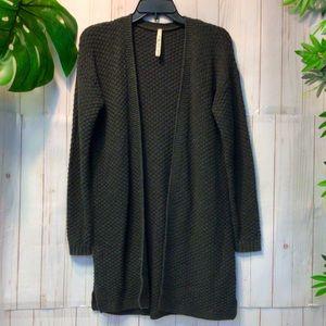Leo and Nicole Long Sleeve Cardigan Sweater